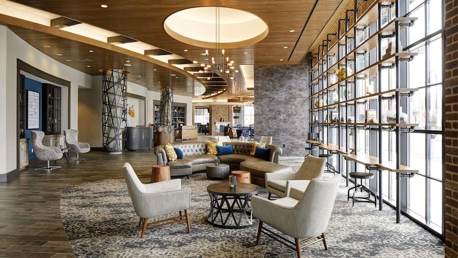 Archer Hotel Boston/Burlington