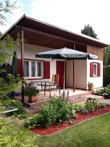 Holiday House on Langen See - Pure Nature and yet Very Close to Berlin