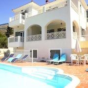 Fabulous Villa With Private Pool, Clear Sea Views