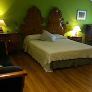 Madrid - THE Rozas Ideal FOR Families AND Small Events. Relax, B & B