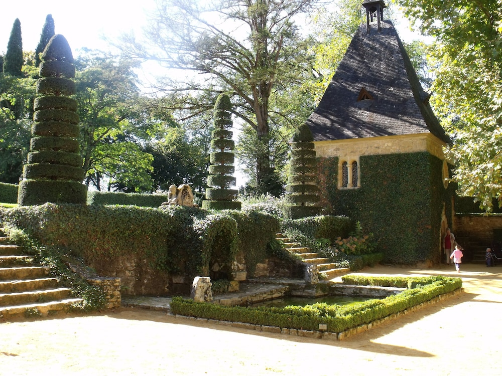d62f183ff68b Luxury Country Cottage Close to Lively Village on Lot Dordogne ...