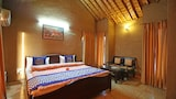 OYO Rooms 028 Hill View Retreat - Dhela Hotels