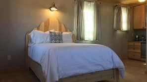 Pillowtop beds, free rollaway beds, free WiFi, linens