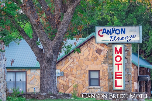 Canyon Breeze Motel
