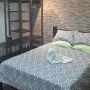 Paradise Homestay Bed and Breakfast