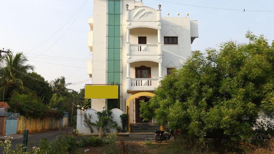 OYO 8938 near Auroville Beach