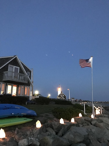 Stay Harborside, Next to Scituate Lighthouse