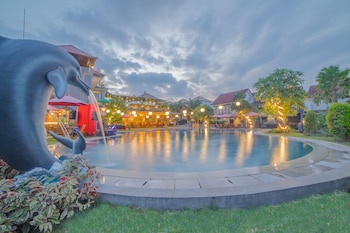 Grand Kesambi Resort and Villas