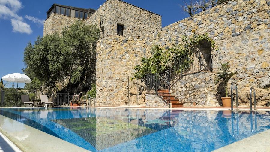 Hotel Restaurante Castillo de Monda
