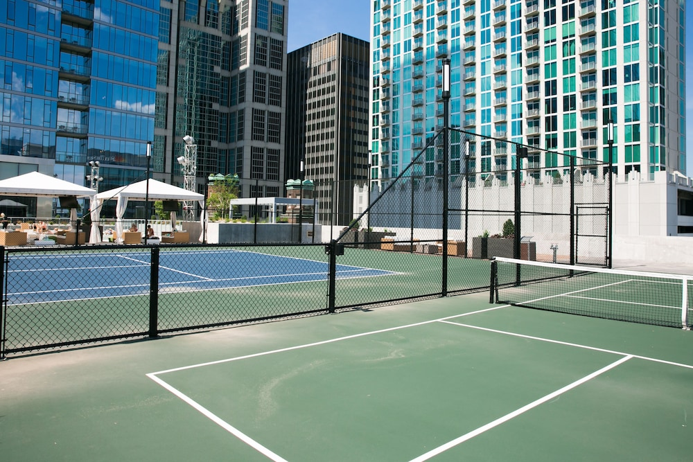 Tennis Court, Stay Alfred at 505