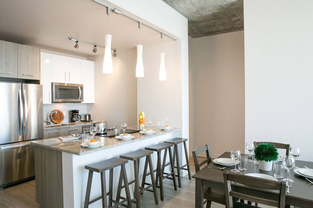 Private Kitchen, Stay Alfred at 505