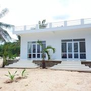 Timothe Beach Bungalow