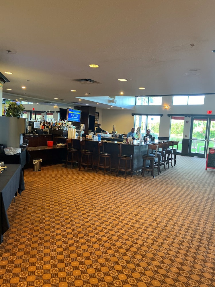 Bar, Orange County National Lodge