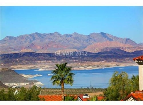 2bdrm 1 5bath With Amazing Views Of Lake Mead And Minutes From Hoover Dam