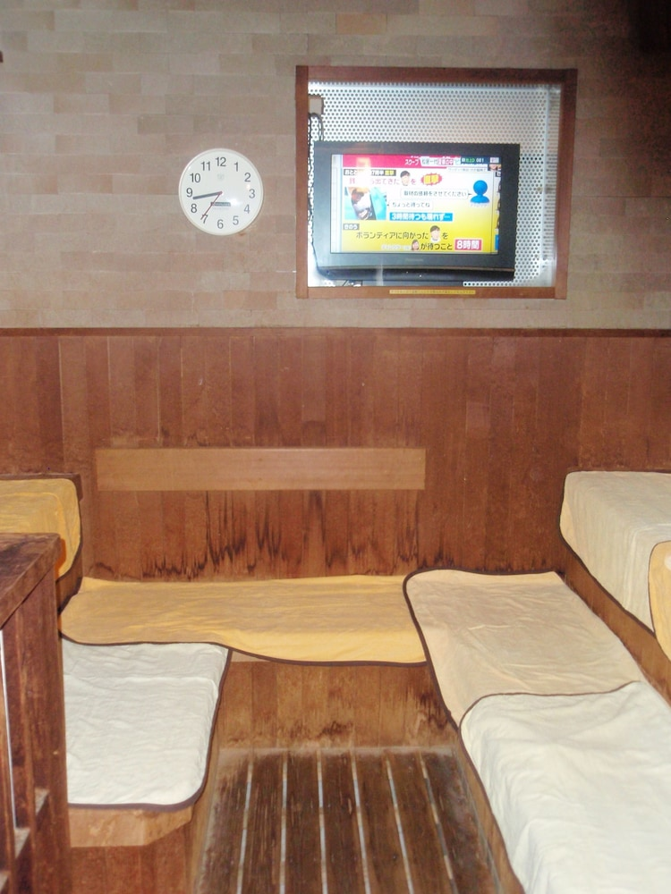 Sauna, Capsule Hotel Kobe Sannomiya - Caters to men