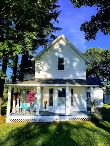 Agritourism in Charlevoix, Petoskey: Best Farm Stays for ...