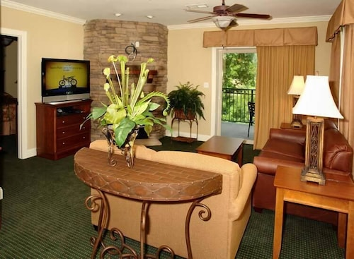Great Place to stay Condo #4052 by RedAwning near Gatlinburg