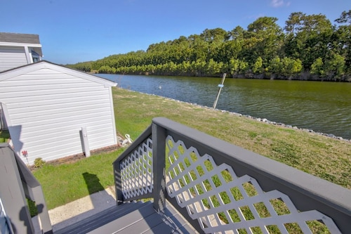 Great Place to stay Assateague Pointe 14 - 2 Br Home near Berlin