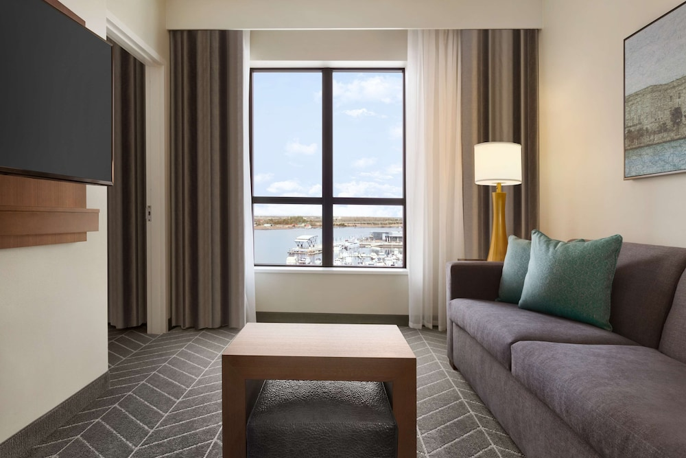 Room Amenity, Embassy Suites by Hilton Wilmington Riverfront