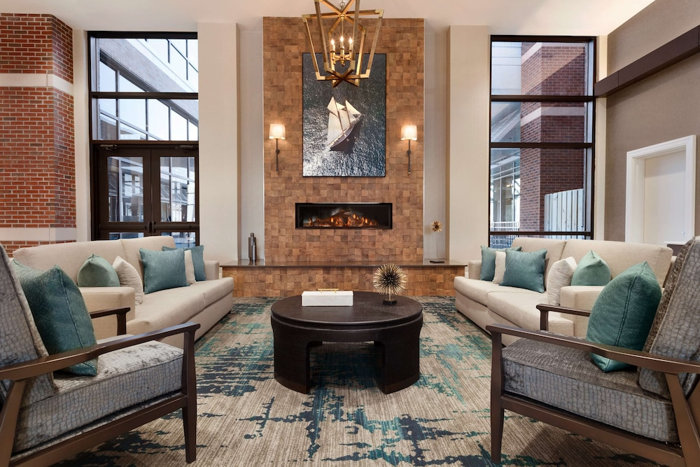 Lobby, Embassy Suites by Hilton Wilmington Riverfront
