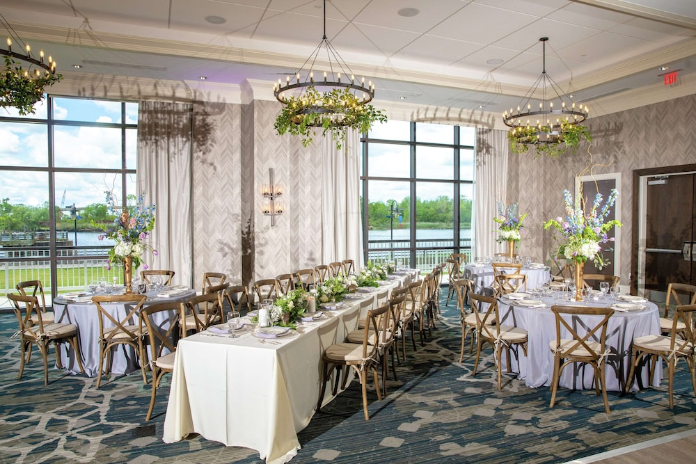 Ballroom, Embassy Suites by Hilton Wilmington Riverfront