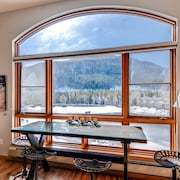 1 Br Condo at Keystone Lakeside Village Kids Ski Free! by RedAwning