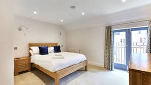 Premium bedding, iron/ironing board, cribs/infant beds, free WiFi
