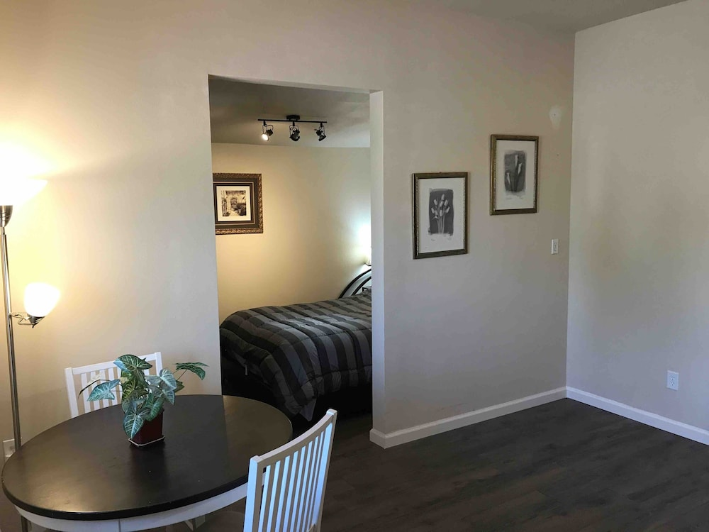 Room, Awesome ONE Bedroom Next to Red Rocks Light Rail Station