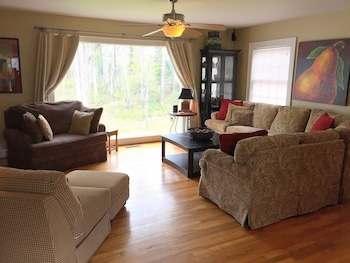 Luxury Accommodations in Yadkin Valley Wine Country