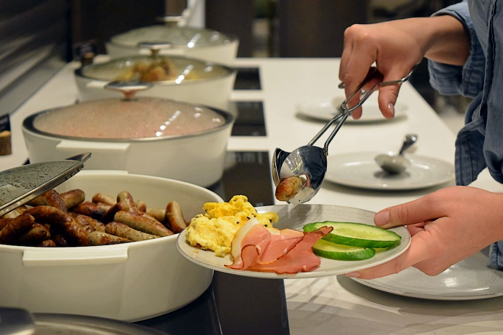 Breakfast buffet, Hyatt Place Frankfurt Airport