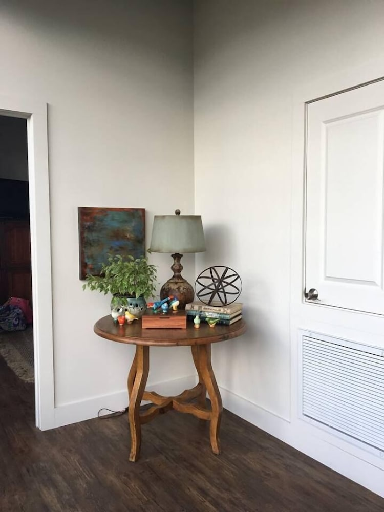 The Lofts At 517 In Greenville Hotel Rates Reviews On Orbitz
