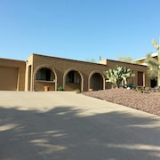 Centrally Located, Family/pet Friendly, Pool, Hiking, Great Views
