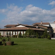 Borgo Patierno Agristor Country House