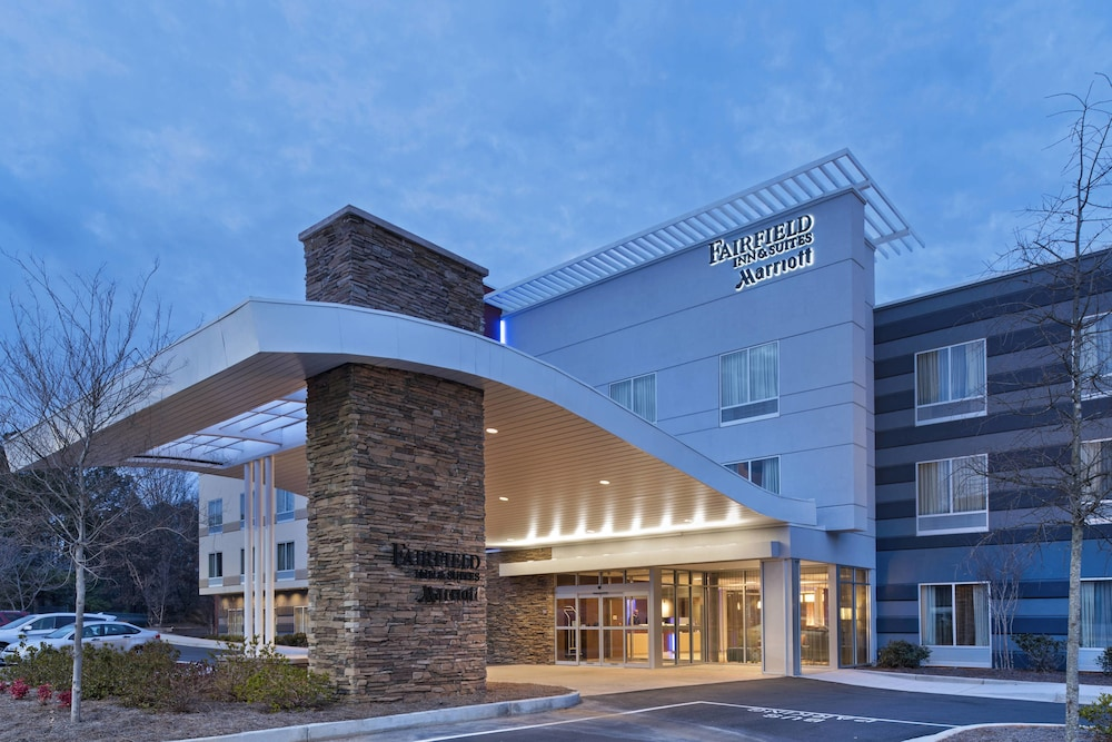 Front of Property, Fairfield Inn & Suites by Marriott Atlanta Peachtree City