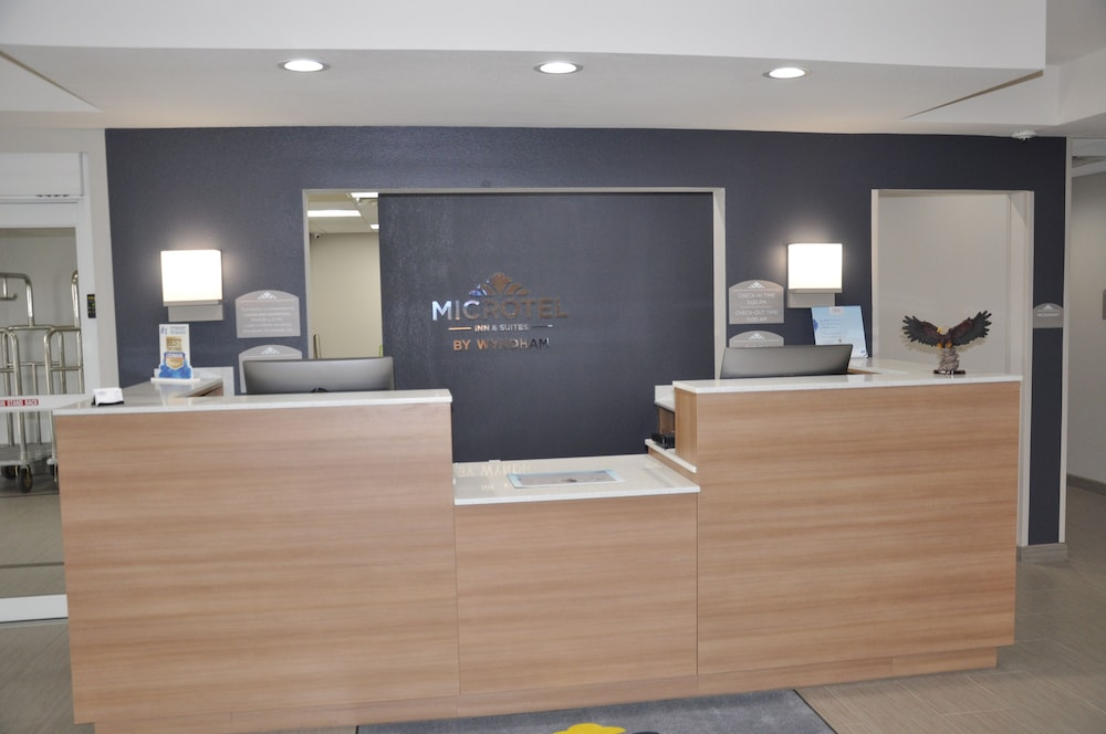 Reception, Microtel Inn and Suites by Wyndham Lubbock