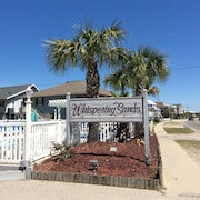 Myrtle Beach Area/ Garden City Condo Located Across The Street From The Beach!