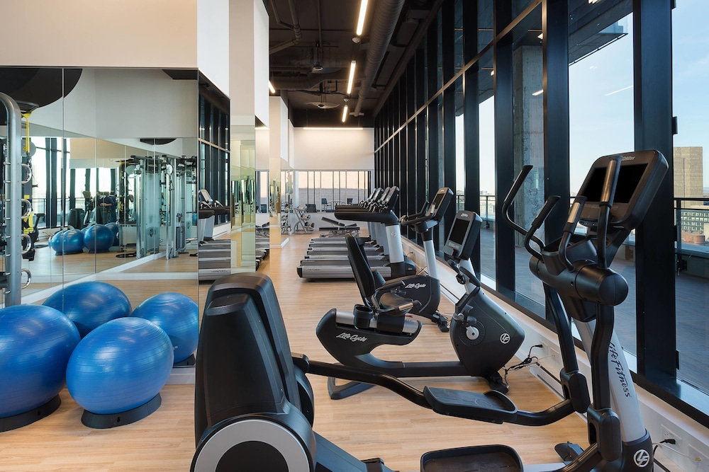 Fitness Facility, AC Hotel by Marriott Montreal Downtown