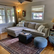 Cozy Home W/hot Tub in Trendy West Asheville!