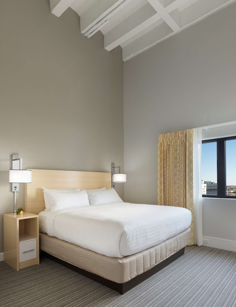 Room, Sonesta ES Suites New Orleans