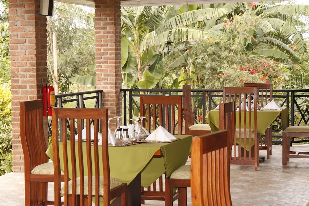 Outdoor Dining, Airport Planet Lodge at Kilimanjaro Airport