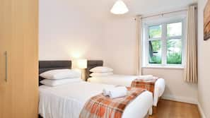 2 bedrooms, premium bedding, iron/ironing board, free WiFi