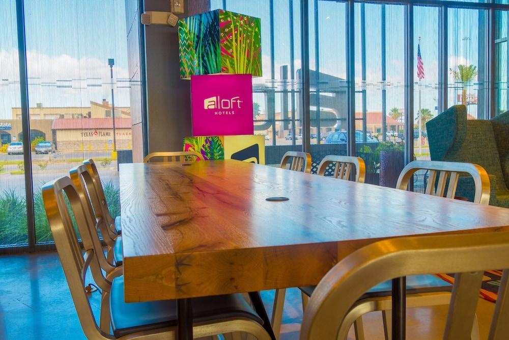 Aloft Corpus Christi 2019 Room Prices Deals Reviews Expedia