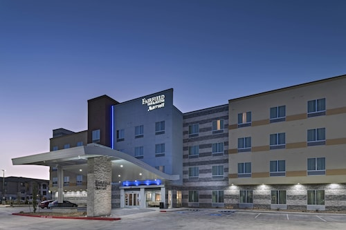 Great Place to stay Fairfield Inn & Suites by Marriott Austin Buda near Buda