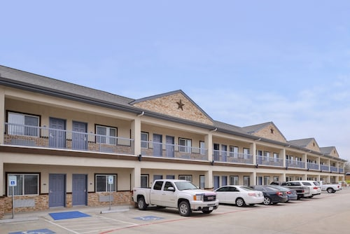 Americas Inn and Suites IAH North