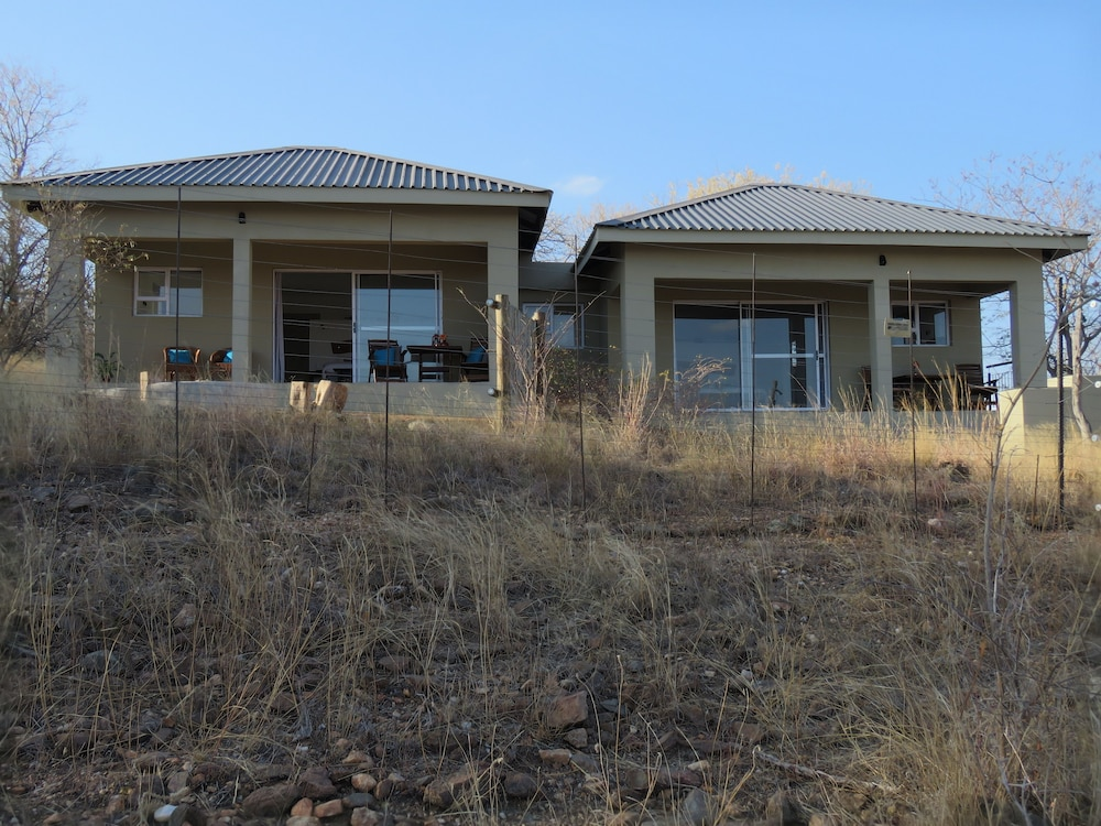 Front of Property, IsiLimela Game Lodge