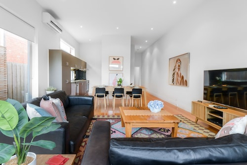 Boutique Stays - Urban Retreat, Prahran