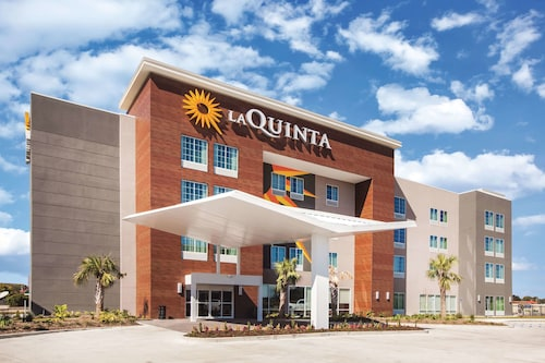 La Quinta Inn & Suites by Wyndham Baton Rouge - Port Allen