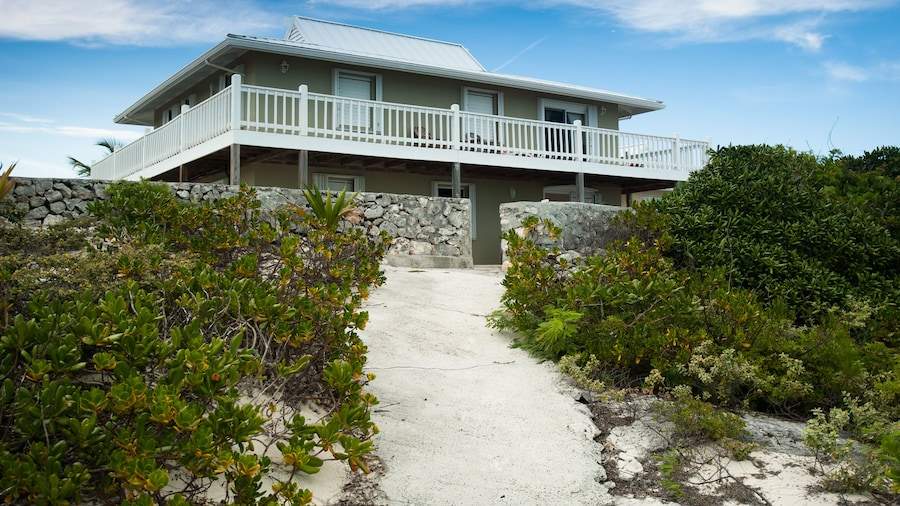 Caribbean Sea Breeze Villas