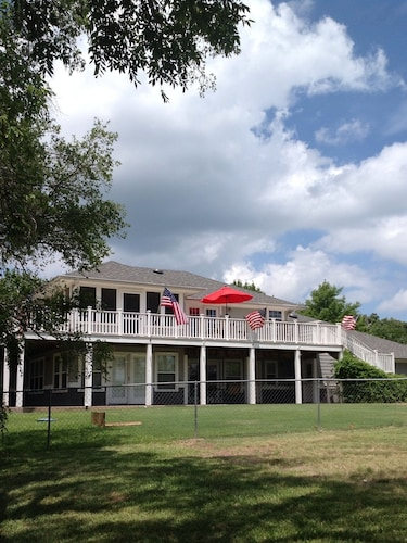 Check Expedia for Availability of Water View Lake Texoma Home on the Peninsula