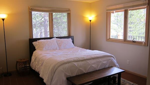 3 bedrooms, Internet
